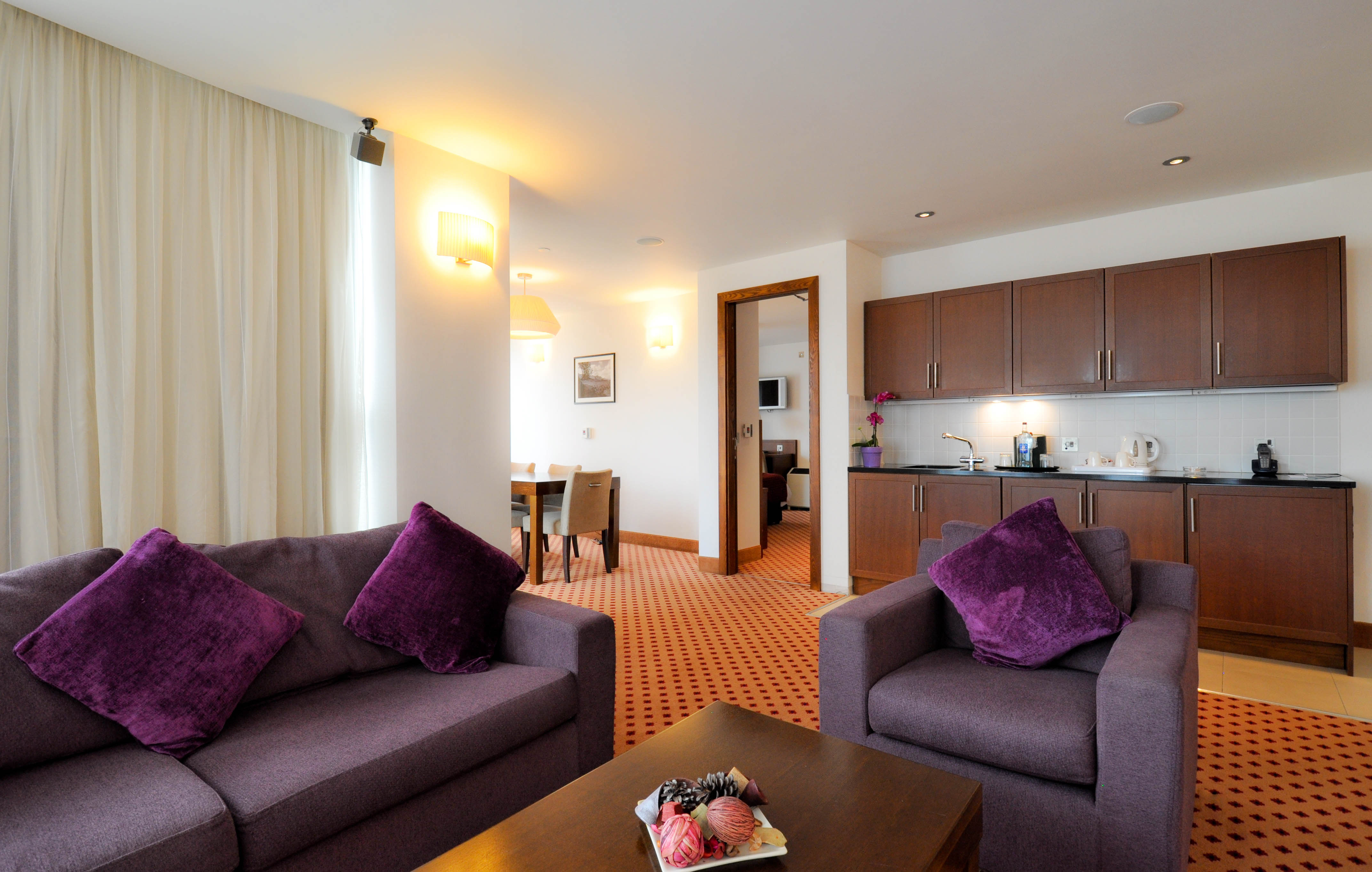 Suite-Living-Room-Maldron-Hotel-Sandy-Road