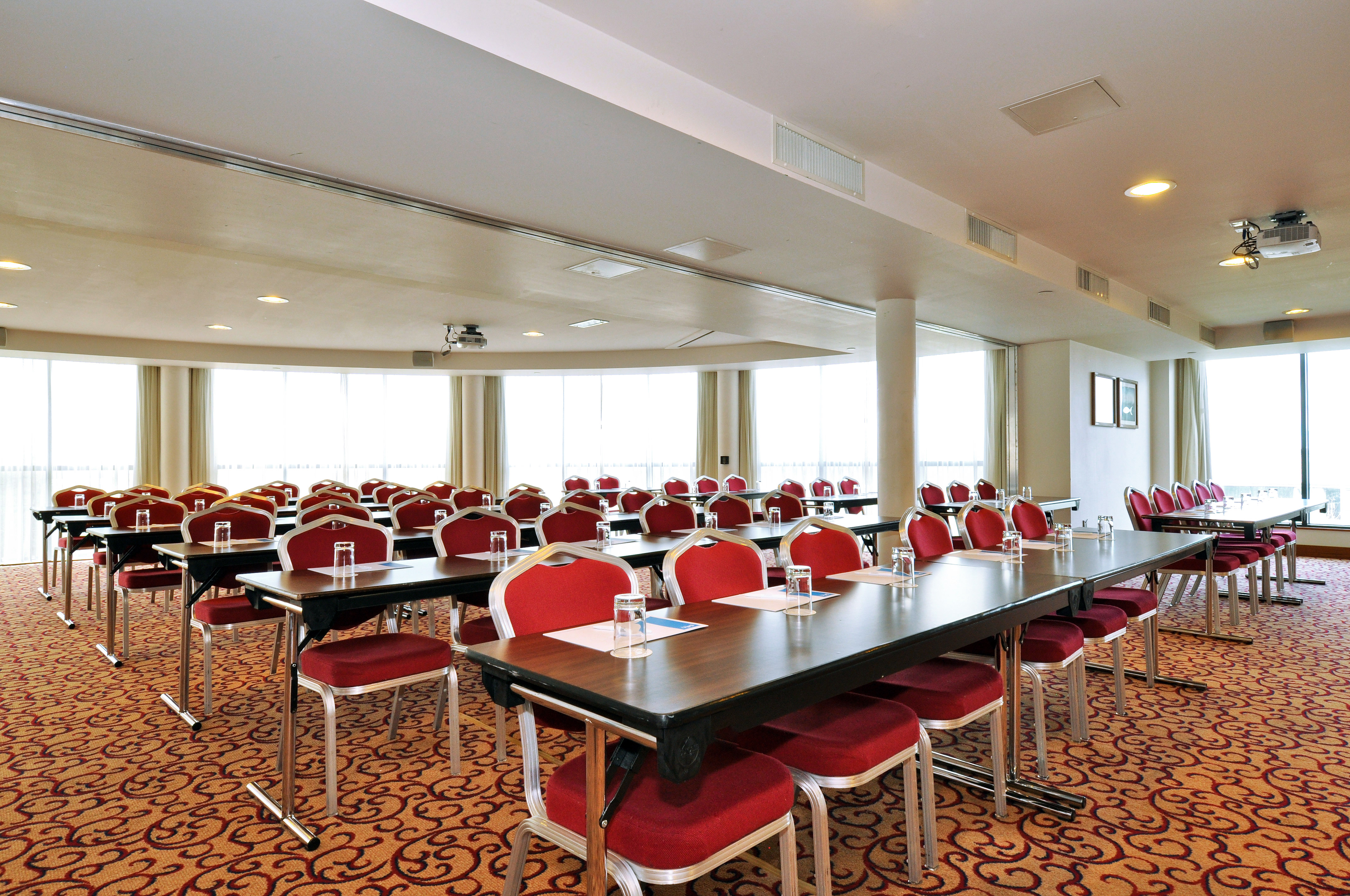 classroom-meeting-in-Maldron-Hotel-Sandy-Road