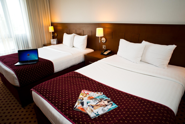 Executive-RoomMaldron-Hotel-Sandy-Road
