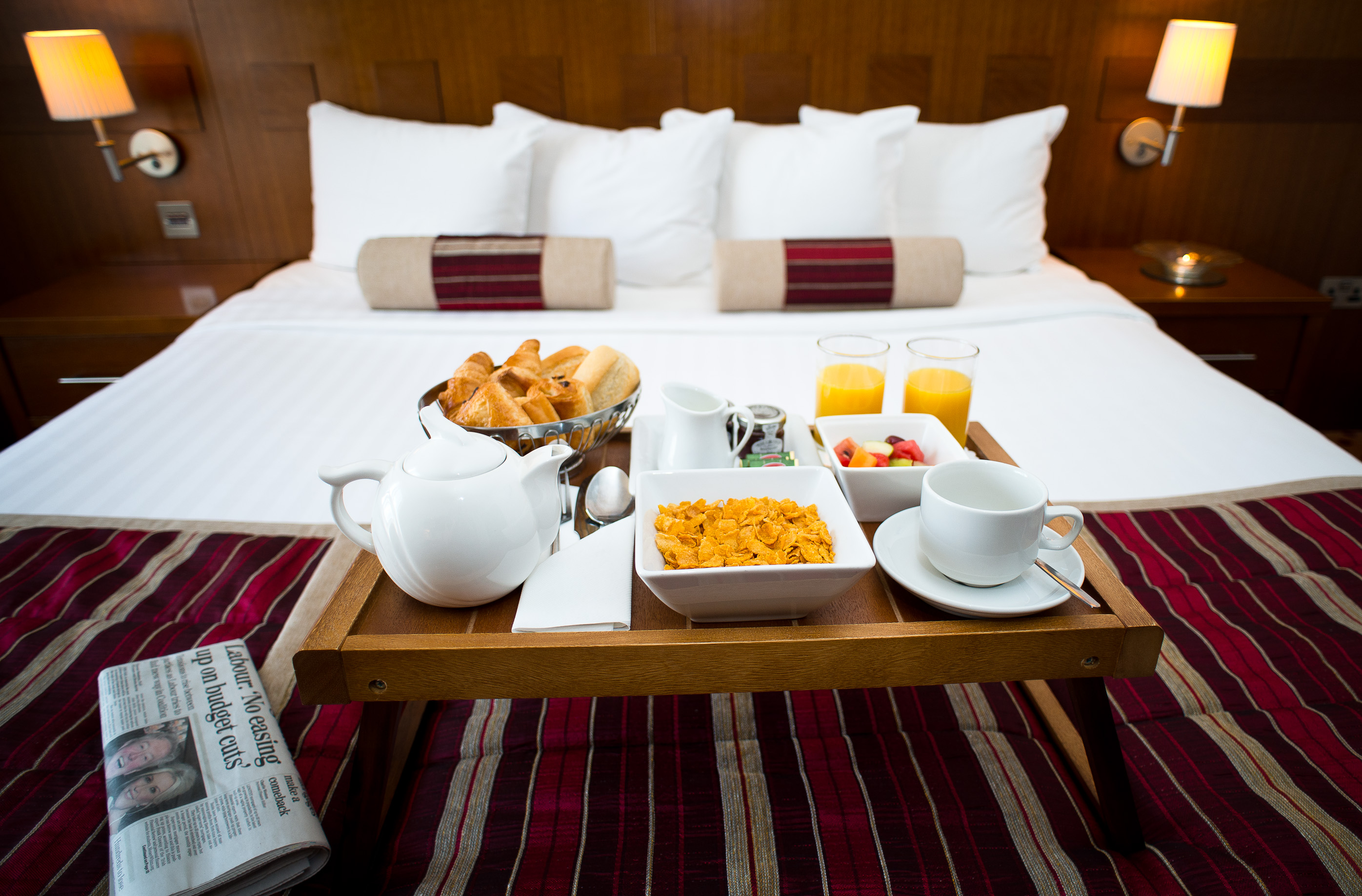 Guest-Room-Breakfast-Maldron-Hotel-Sandy-Road