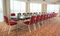 Maldron-Hotel-Sandy-Road-boardroom-meeting